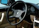 Фото авто BMW 5 серия E28, ракурс: рулевое колесо