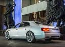 Фото авто Bentley Flying Spur 1 поколение, ракурс: 135 цвет: белый