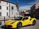 Фото авто Ferrari 488 1 поколение, ракурс: 45 цвет: желтый