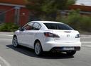Фото авто Mazda 3 BL, ракурс: 135 цвет: белый