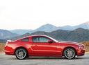 Фото авто Ford Mustang 5 поколение [2-й рестайлинг], ракурс: 270 цвет: бордовый