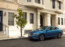 Фото авто Volkswagen Jetta 7 поколение, ракурс: 45 цвет: синий