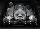 Фото авто Porsche Cayenne 958, ракурс: двигатель