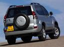 Фото авто Toyota Land Cruiser Prado J120, ракурс: 225