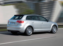 Фото авто Audi A3 8P/8PA [2-й рестайлинг], ракурс: 225 цвет: серебряный