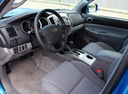 Фото авто Toyota Tacoma 2 поколение [рестайлинг], ракурс: торпедо
