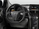 Фото авто Scion iQ 1 поколение, ракурс: торпедо