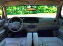 Фото авто Ford Crown Victoria 2 поколение, ракурс: торпедо