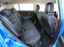 Фото авто Kia Sportage 3 поколение, ракурс: задние сиденья цвет: голубой