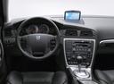 Фото авто Volvo V70 2 поколение [рестайлинг], ракурс: торпедо