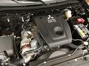 Фото авто Mitsubishi L200 5 поколение, ракурс: двигатель