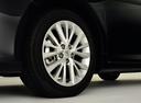 Фото авто Toyota Camry XV50 [рестайлинг], ракурс: колесо цвет: черный