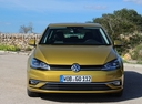 Фото авто Volkswagen Golf 7 поколение [рестайлинг],  цвет: желтый