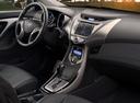 Фото авто Hyundai Elantra MD, ракурс: торпедо
