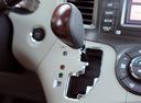 Фото авто Toyota Sienna 3 поколение, ракурс: ручка КПП