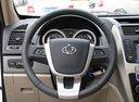 Фото авто Geely GX7 1 поколение, ракурс: рулевое колесо