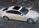 Фото авто Jaguar XF X260, ракурс: сверху цвет: белый