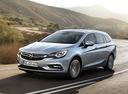 Фото авто Opel Astra K, ракурс: 45 цвет: серебряный