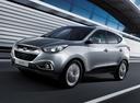 Фото авто Hyundai ix35 1 поколение, ракурс: 45 цвет: серебряный