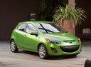 Фото авто Mazda 2 DE [рестайлинг], ракурс: 315 цвет: зеленый