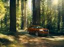 Фото авто Ford Explorer 5 поколение [2-й рестайлинг], ракурс: 315 цвет: оранжевый