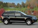 Фото авто Volkswagen Touareg 1 поколение, ракурс: 270 цвет: черный
