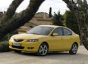 Фото авто Mazda 3 BK, ракурс: 45 цвет: желтый