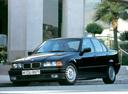 Фото авто BMW 3 серия E36, ракурс: 45 цвет: черный