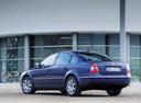 Фото авто Volkswagen Passat B5.5 [рестайлинг], ракурс: 135 цвет: синий