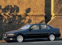 Фото авто BMW 3 серия E36, ракурс: 90 цвет: черный