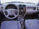 Фото авто Mazda Demio DW [рестайлинг], ракурс: торпедо