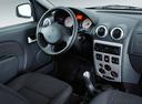 Фото авто Renault Logan 1 поколение, ракурс: торпедо