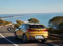 Фото авто BMW X2 F39, ракурс: 135 цвет: золотой