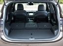 Фото авто Kia Carens 4 поколение, ракурс: багажник