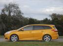 Фото авто Ford Focus 3 поколение, ракурс: 90 цвет: золотой