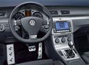 Фото авто Volkswagen Passat B6, ракурс: торпедо