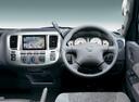 Фото авто Nissan Caravan E25 [рестайлинг], ракурс: рулевое колесо
