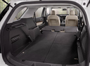 Фото авто Ford Explorer 5 поколение [рестайлинг], ракурс: багажник цвет: белый