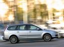 Фото авто Ford Focus 2 поколение, ракурс: 270 цвет: серебряный