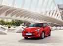 Фото авто Toyota Prius 4 поколение, ракурс: 45 цвет: красный