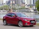 Фото авто Mazda 3 BM, ракурс: 315 цвет: красный