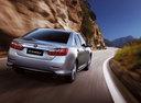 Фото авто Toyota Camry XV50, ракурс: 180 цвет: серебряный