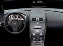 Фото авто Aston Martin Vantage 3 поколение, ракурс: торпедо