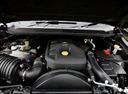 Фото авто Chevrolet Colorado 2 поколение, ракурс: двигатель