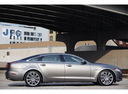 Фото авто Jaguar XJ X351, ракурс: 270 цвет: серебряный