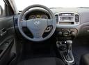 Фото авто Hyundai Accent MC, ракурс: рулевое колесо