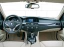Фото авто BMW 5 серия E60/E61 [рестайлинг], ракурс: торпедо