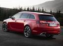 Фото авто Opel Insignia A [рестайлинг], ракурс: 135 цвет: красный