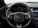 Фото авто Jaguar E-Pace 1 поколение, ракурс: рулевое колесо
