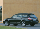 Фото авто Subaru Outback 3 поколение [рестайлинг], ракурс: 135 цвет: черный